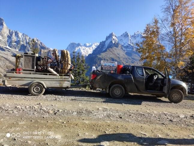 accès chantier montagne en 4x4