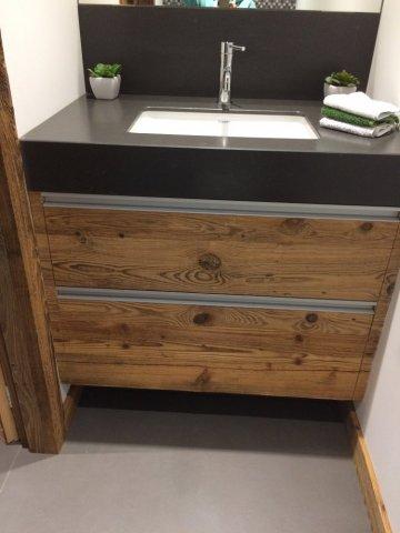 Entreprise spécialisée pose meuble vasque sur mesure Megève